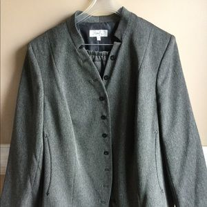 Gray 2 piece lined suit
